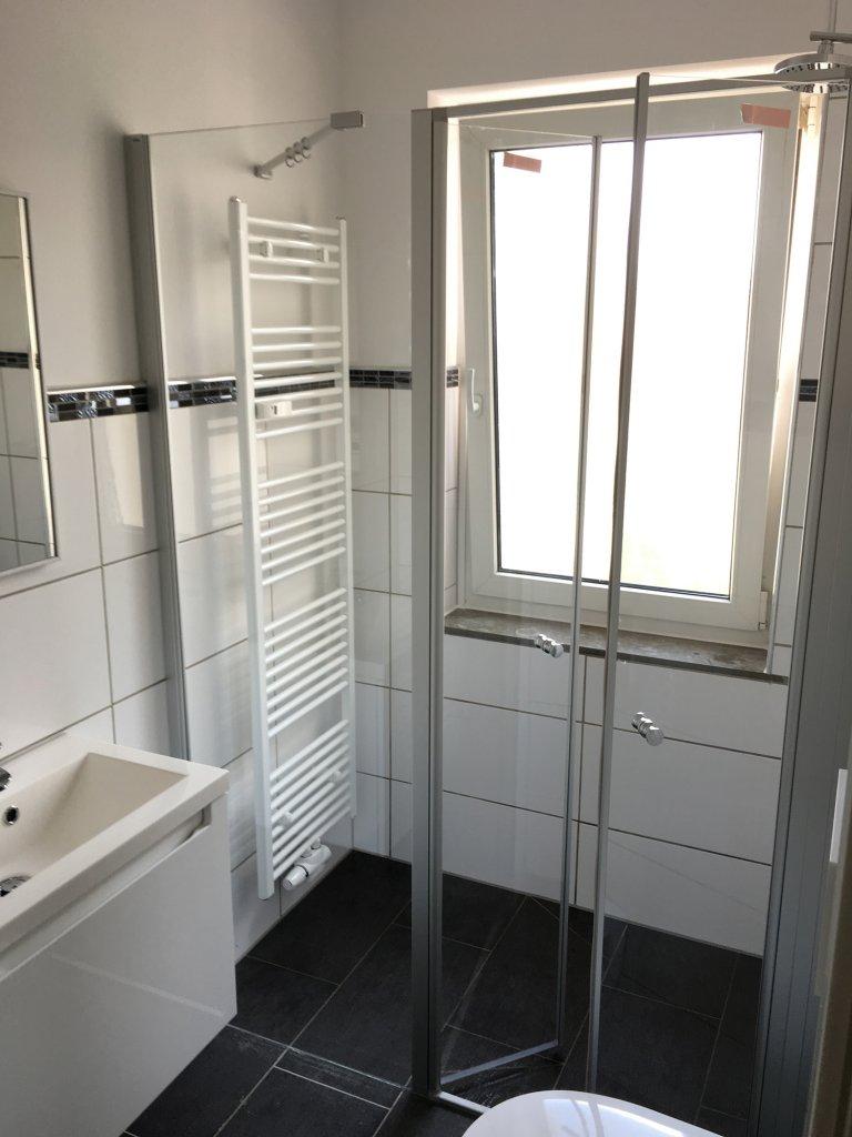 Er Immobilien - Kernsanierte 3 Zimmer Wohnung Bad
